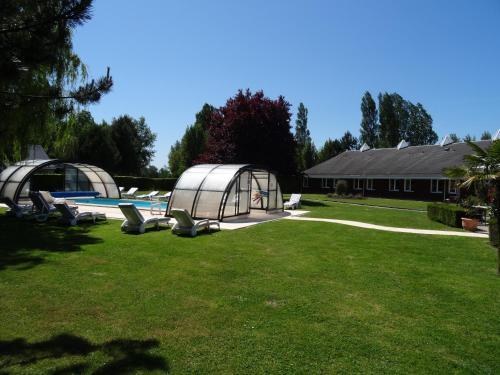 Hotel Du Golf : Hotel near Cléville