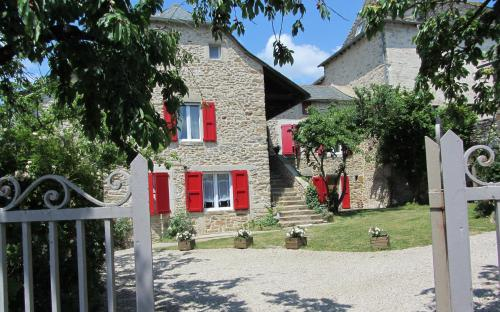 Le Cambrou : Guest accommodation near Compolibat