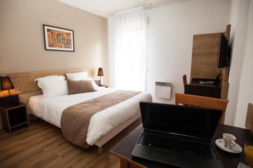 Privilodges Lyon : Guest accommodation near Lyon 8e Arrondissement