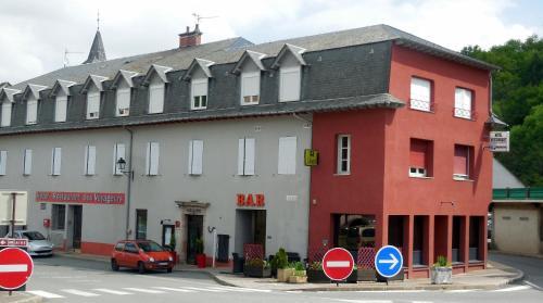 Logis des Voyageurs : Hotel near Le Vibal