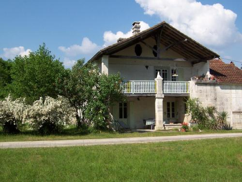 Mistoury : Bed and Breakfast near Gout-Rossignol