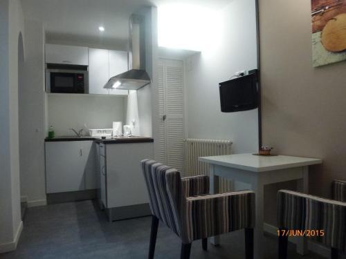 Les Meublés du Chapitre : Apartment near Nîmes
