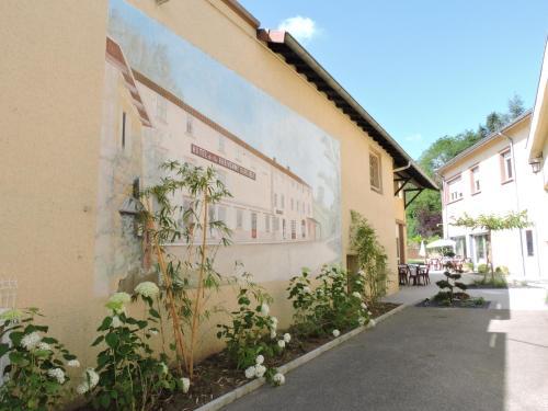 Auberge de la Brévenne : Hotel near Nuelles