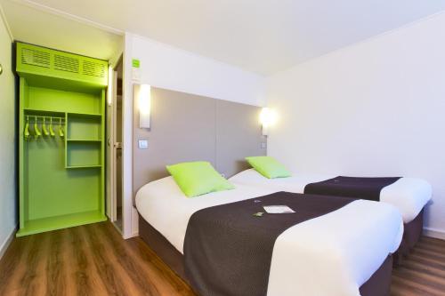 Campanile Béziers A9/A75 : Hotel near Cers