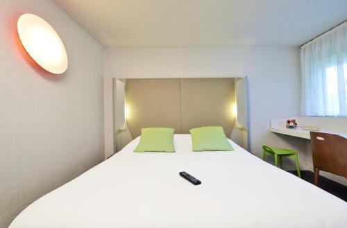 Campanile Grenoble Université - Saint Martin d'Hères : Hotel near Montchaboud
