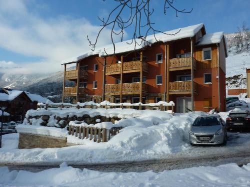 Domaine de la Vallée d'Ax : Guest accommodation near Sorgeat