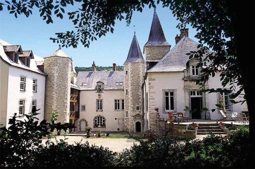 Château de Melin - B&B : Bed and Breakfast near Saint-Aubin