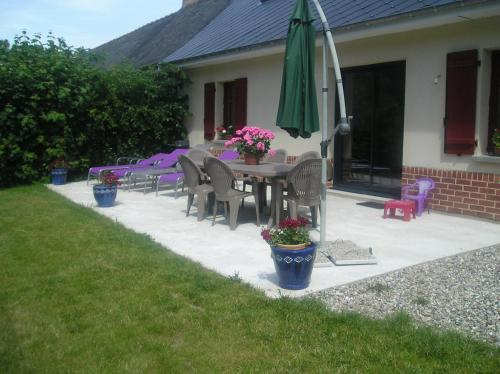Farm cottage de la Somme : Guest accommodation near Fresnoy-Andainville