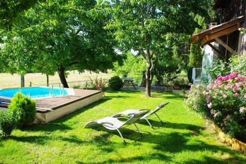 La Petite Maison : Guest accommodation near Saint-Félix-de-Villadeix