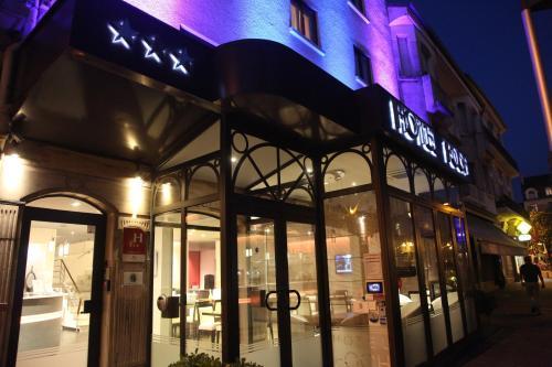 Hôtel Foch : Hotel near Tarbes