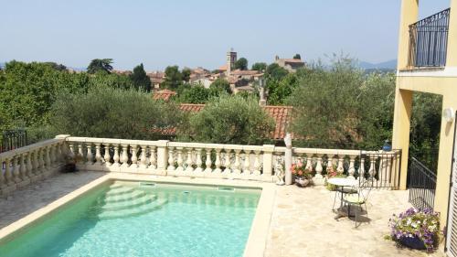 L'Amuse du Paradis : Apartment near Montauroux