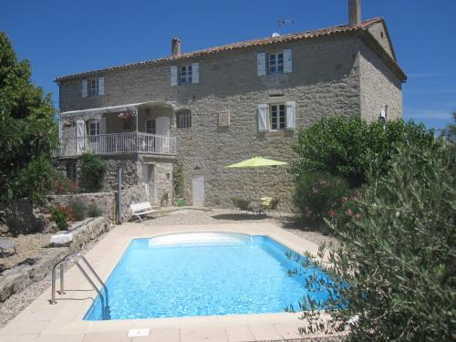 Mas de la Garrigue : Bed and Breakfast near Saint-Pierre-Saint-Jean
