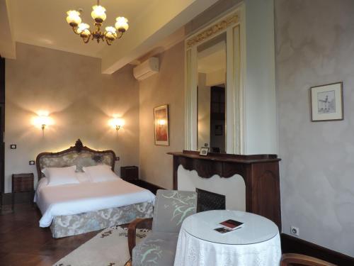 La Maison des Consuls : Hotel near Le Carlaret