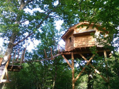 Ô Bois Dormant : Guest accommodation near Saint-Vincent-sur-l'Isle