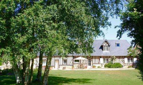 La Longère : Bed and Breakfast near Englesqueville-en-Auge