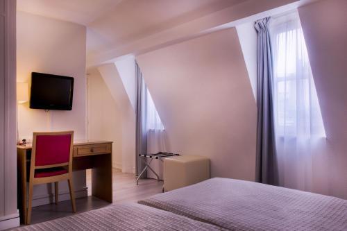 Hôtel Le Compostelle : Hotel near Paris 4e Arrondissement