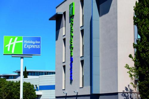 Holiday Inn Express Toulon Sainte-Musse : Hotel near La Garde