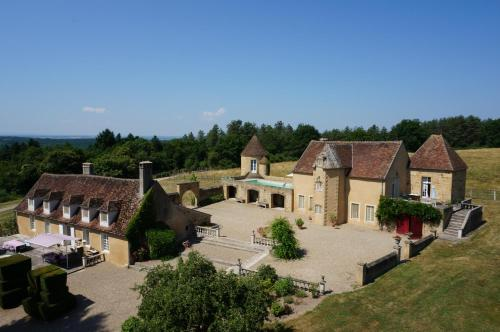 Manoir du mortier : Bed and Breakfast near Le Brethon