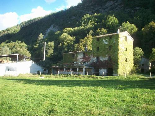 La Siberie : Bed and Breakfast near Roquestéron-Grasse