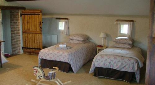 Gites De L'Etang Des Noues : Guest accommodation near Vezins
