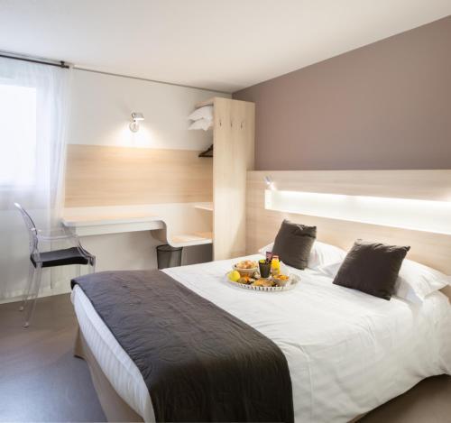 Hotel l'Eskemm : Hotel near Saint-Brieuc