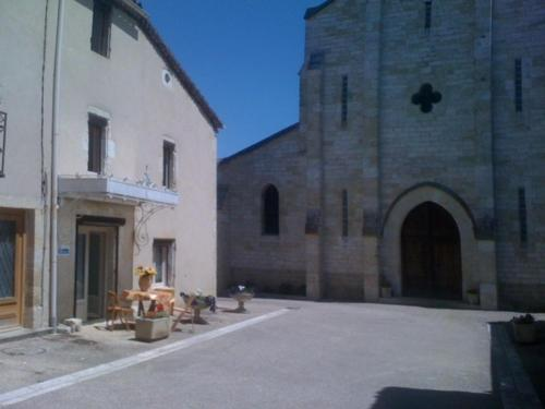 Gite Bergamo : Guest accommodation near Roques
