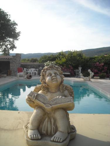 Les Gites du Mont Ventoux : Guest accommodation near Flassan