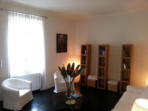 16 Avenue Marechal Gallieni : Apartment near Cannes