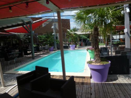 Adonis Villefranche Ambiance Hotel : Hotel near Alix