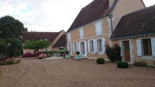 Chambre d'Hôtes Bracueil : Bed and Breakfast near Vendôme