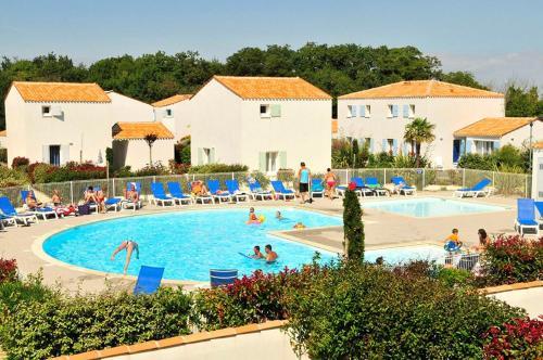 Résidence Goélia La Palmeraie : Guest accommodation near Saint-Georges-d'Oléron