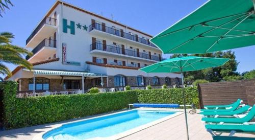 Le Belvedere : Hotel near Ortaffa
