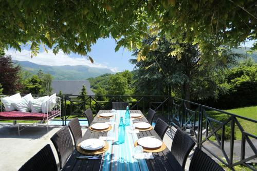 Le Belvedere : Guest accommodation near Agos-Vidalos