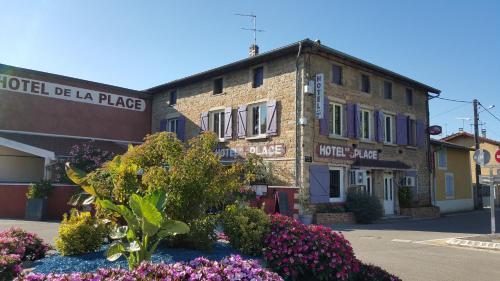 Hotel de la Place : Hotel near Montluel