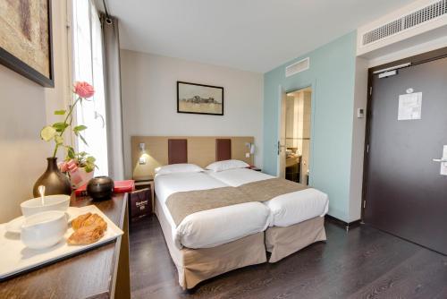 Source Hôtel : Hotel near Clichy