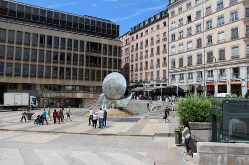 Appart Touriste : Apartment near Lyon 1er Arrondissement