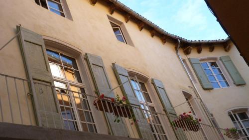 Casa Pondicherry : Guest accommodation near La Roque-Sainte-Marguerite