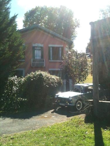 La Maison Rose : Guest accommodation near Le Cuing
