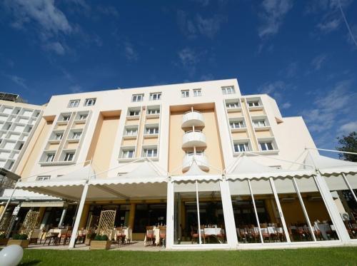 Best Western Bonneveine Prado : Hotel near Marseille 9e Arrondissement