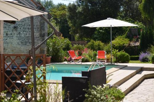 La Closerie : Bed and Breakfast near Beauvais-sur-Matha