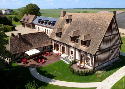 Manoir de Surville : Hotel near Saint-Pierre-lès-Elbeuf