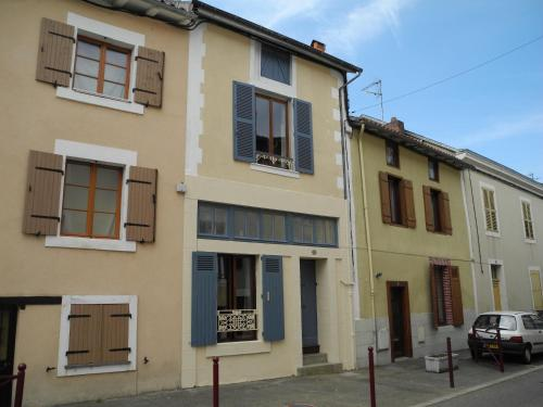 Chez Camelinat : Guest accommodation near Saint-Cyr
