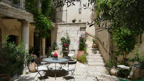 La Maison D'Isidore : Guest accommodation near Saint-Rémy-de-Provence