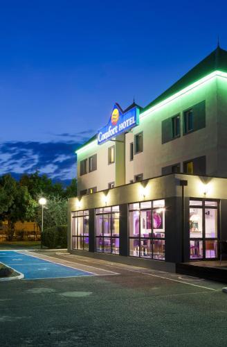 Comfort Hotel Orléans Olivet : Hotel near Vienne-en-Val