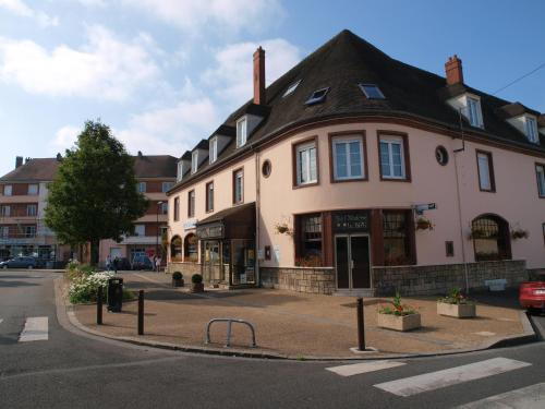 Hôtel Moderne : Hotel near Fresne-Léguillon