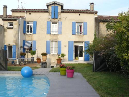 Chambres d'Hôtes L'Albinque : Bed and Breakfast near Lagarrigue
