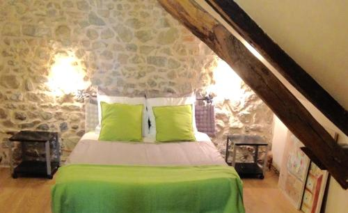 Les Maitres Sonneurs : Bed and Breakfast near Reigny