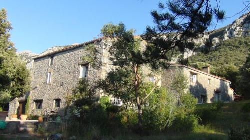 Mas Les Ambrosis : Guest accommodation near Lesquerde