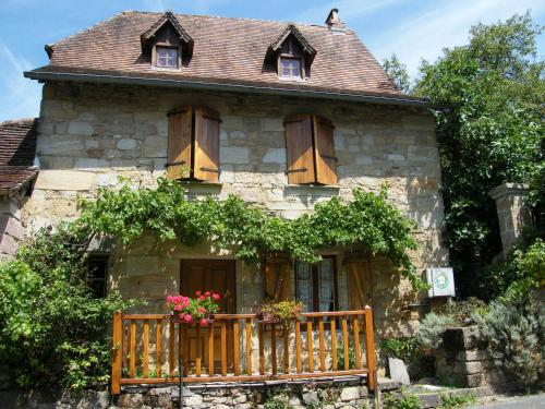 Le Figuier : Guest accommodation near Ladirat