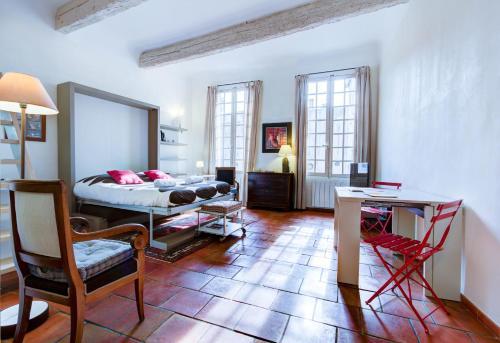 L'Aude Loft : Apartment near Aix-en-Provence
